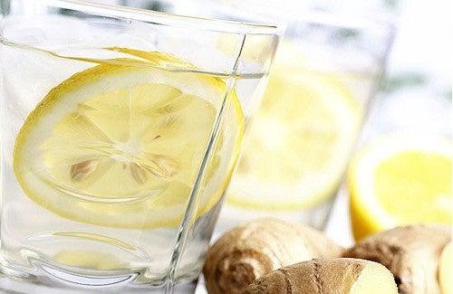 Limonada de gengibre, pepino e menta: benefícios