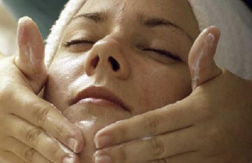 Como cuidar da pele no período da menopausa?
