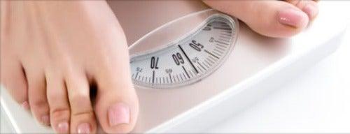 Manter o peso para evitar varizes