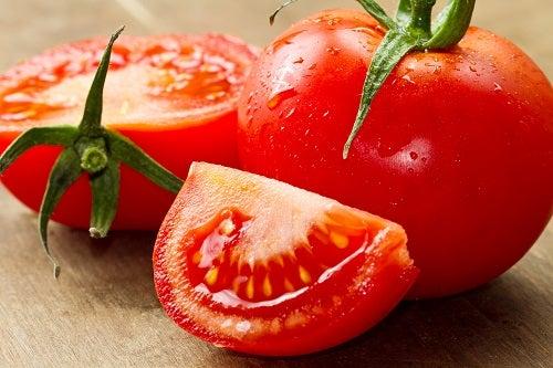 Comer tomate ajuda a perder peso