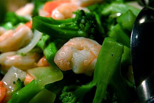 regular o consumo de calorias ajuda a controlar os triglicérides