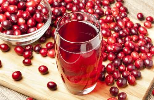 5 bebidas para limpar o fígado naturalmente