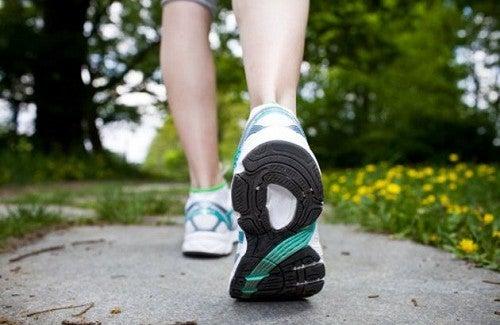 Conselhos para perder peso caminhando