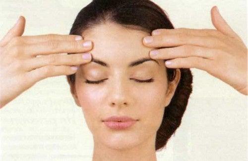 Exercícios faciais para amenizar as rugas