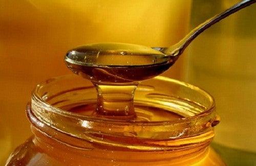 6  benefícios curativos do mel