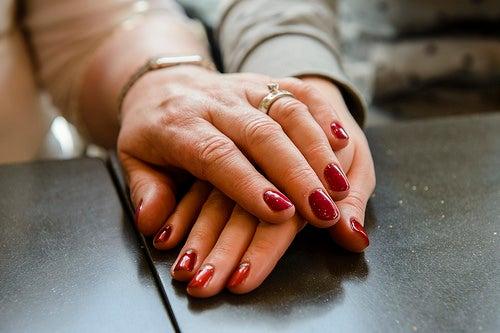Mãos bonitas e sem manchas