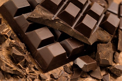 Chocolate negro para o rosto