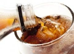 Você sabe o que está ingerindo junto com o refrigerante?