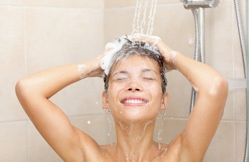 É prejudicial para a nossa saúde tomar muito banho?