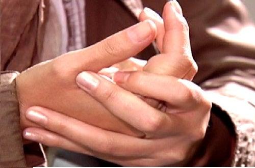 inflamação nos dedos