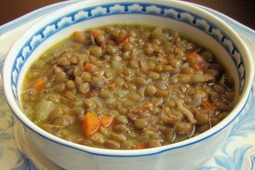 sopa de legumes para combater a gordura