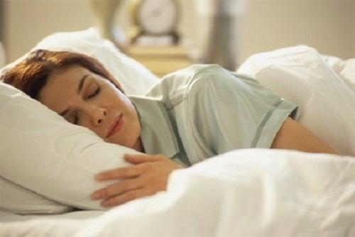 Dormir de estômago vázio
