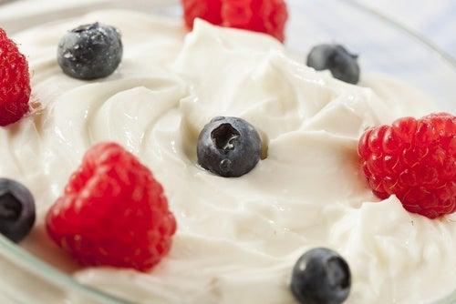 Iogurte grego com frutas