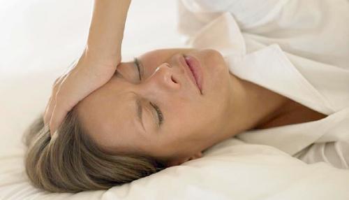 Remédios naturais  para a transpiração na menopausa