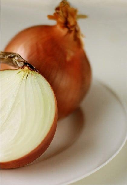 Cebola é uma ótima fonte de vitaminas para cabelo, pele e unhas