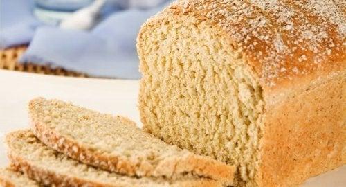 Comer pão de manhã pode ajudar a evitar a fadiga