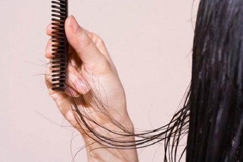 5 formas para evitar a queda de cabelo