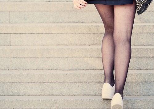 Conheça os benefícios de subir escadas