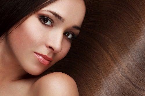 8 Dicas para ter um cabelo mais bonito e saudável