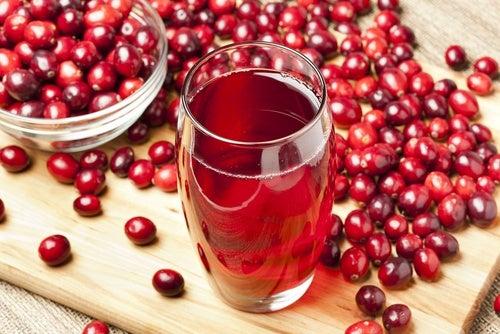 O suco de mirtillos vermelhos pode ajudar a desintoxicar os rins