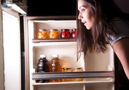 Os piores alimentos que podemos comer à noite