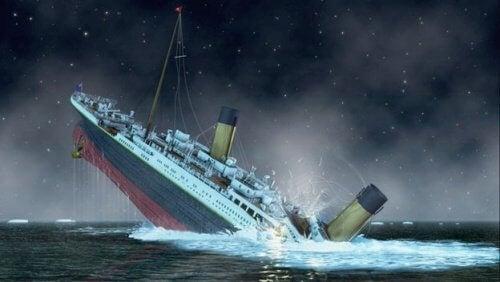 Os três acidentes marítimos de Violet Jessop