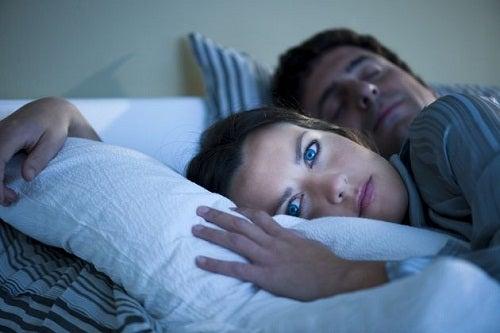 Dormir com sutiã