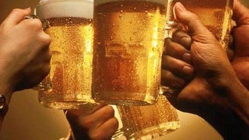Mitos e curiosidades sobre o álcool