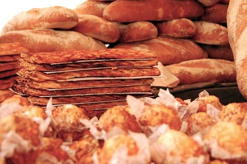 Aprenda a fazer um bolo sem trigo, açúcar nem laticínios