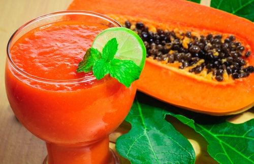 Suco papaia para combater a flacidez