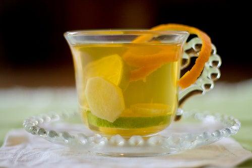 chá de gengibre para combater os gases
