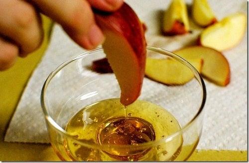 Depure-se e elimine o peso excedente com a dieta do vinagre de maçã