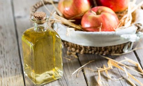 Vinagre de maçã alívio imediato e natural para os pontos de dor causados pela fibromialgia