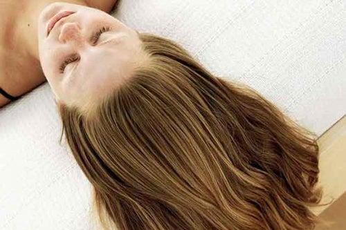 Água de pepino para o cabelo