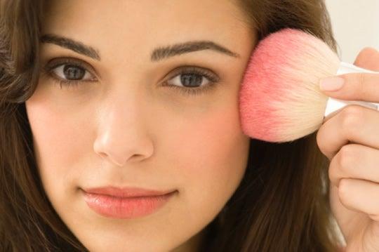 maquiagem para ter um rosto mais fino