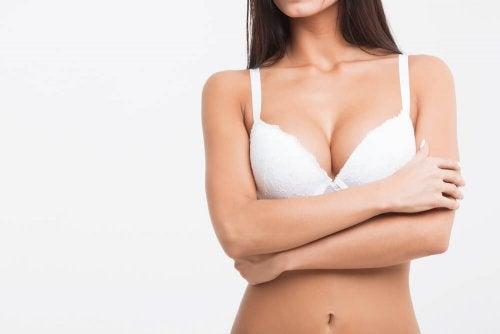 f5aee0ff9 Dormir com sutiã é prejudicial para saúde da mulher