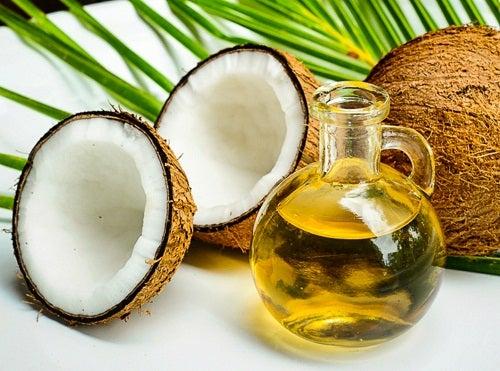 Óleo de coco e creme antirrugas