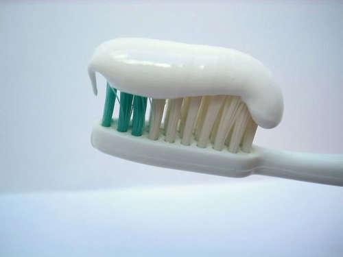 embalagens das pastas de dente