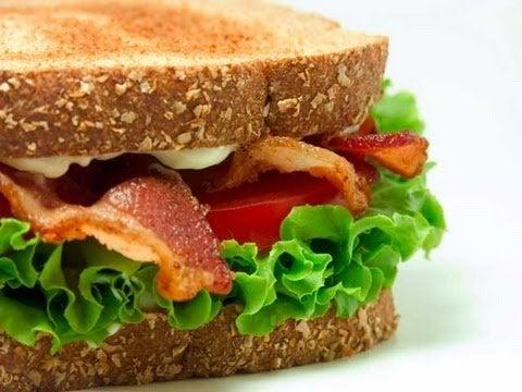 Sanduiche para café da manhã