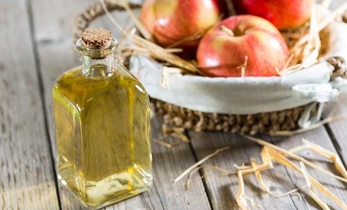 Vinagre ingrediente para loção que reduz sardas e manchas