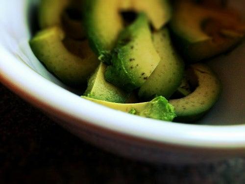 Casca para remédios naturais com abacate