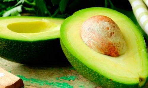 Abacate para deficiência de vitaminas