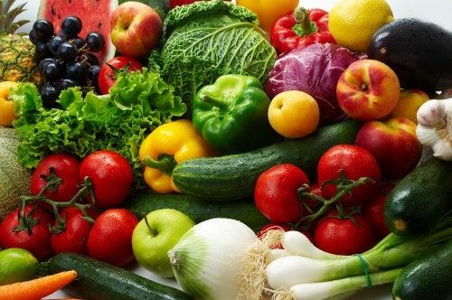 Alimentos crus para conseguir uma barriga chapada