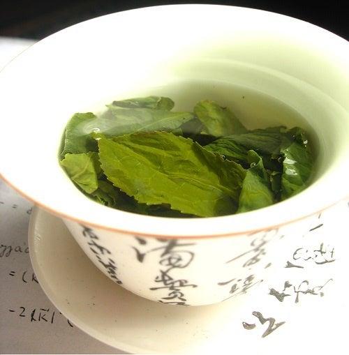 chá verde para eliminar celulite