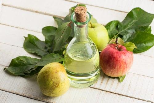 vinagre de maçã para combater os piolhos