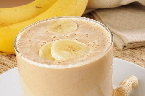 Vitamina e batidas de banana