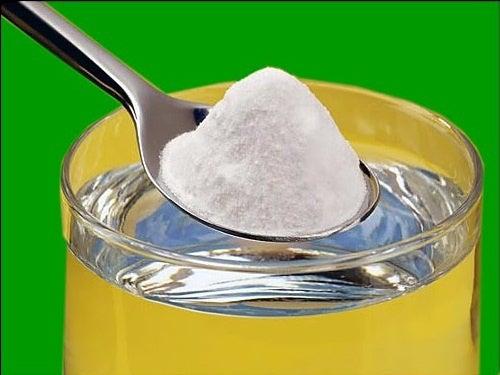 Bicarbonato de sódio para fazer água alcalina
