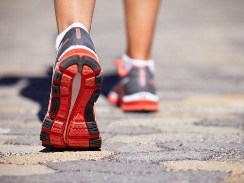 Os incríveis benefícios de uma caminhada diária de 20 minutos