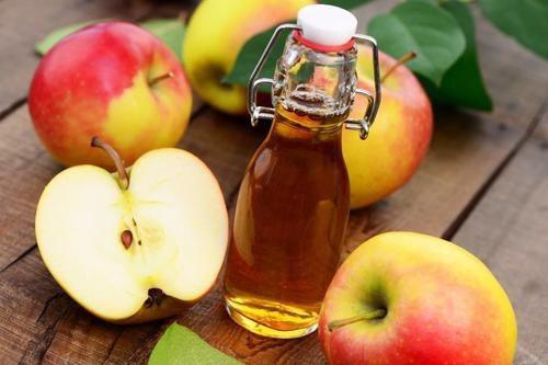 Vinagre de maçã contra as pulgas