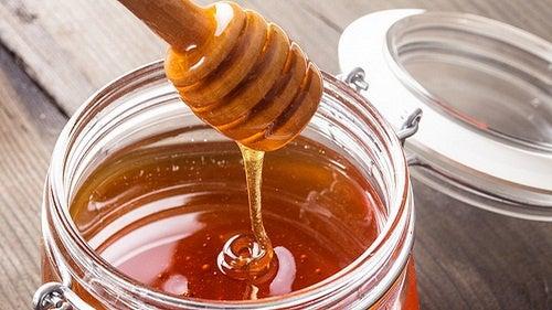 O mel é um dos ingredientes do elixir tibetano